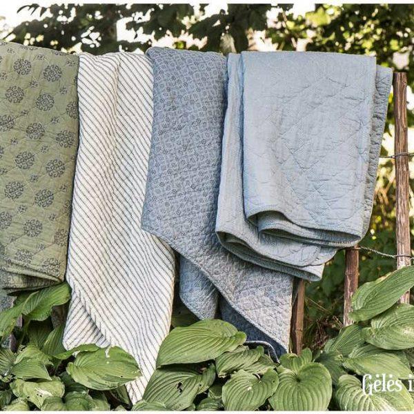 quilt blue grey pledas pilkas žydras užtiesalas medvilninė lovatiese cotton bedspread gėlės ir manufaktūra