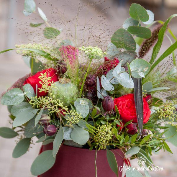 gėlių dėžutė bouquet puokštė flowers box gėlės vilniuje skintos