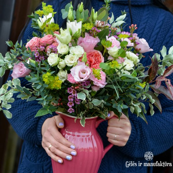bouquet flowers puokštė spring pink gėlės ir manufaktūra