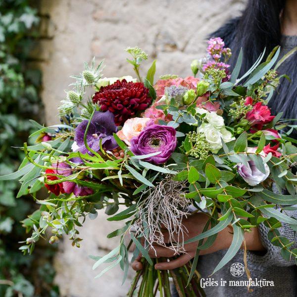 bouquet flowers puokštė bridal nuotakos gėlės ir manufaktūra violet