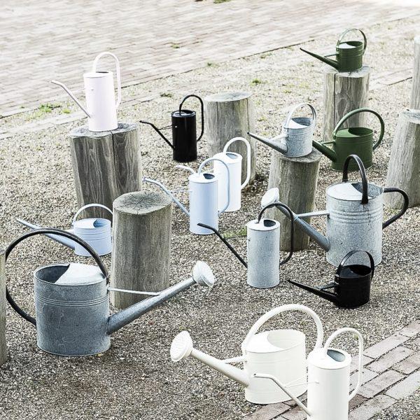 watering can zinc metalinis green žalias laistytuvas gėlės ir manufaktūra iblaursen