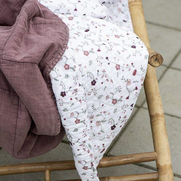 quilt throw lovatiesė malva vintage bedspread užtiesalas gėlės ir manufaktūra iblaursen 6208-52