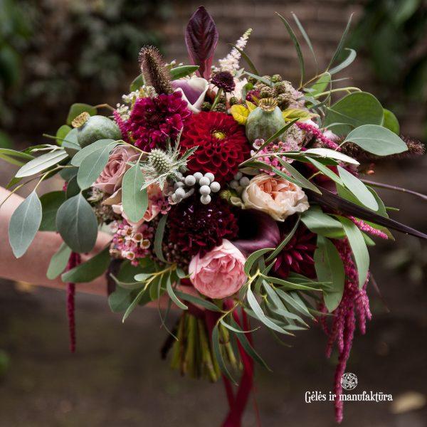 flowers bouquet bridal bordo burgundy nuotakos puokštė gėlės ir manufaktūra