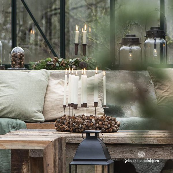 christmas wreath cones lantern candleholder kaledos eglutės kalėdinis gėlės ir manufaktūra iblaursen