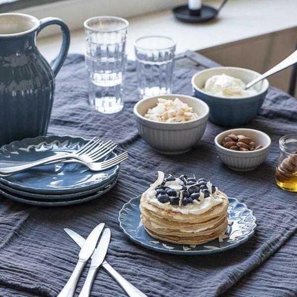 throw double weaving historical blue mėlynos spalvos lovatiesė staltiesė gėlės ir manufaktūra mėlynas 6865-69 iblaursen užtiesalas pledas