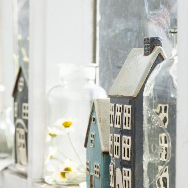 žvakide keramikinė namukas keramika candleholder house ceramic Gėlės ir manufaktūra 2763-34 iblaursen