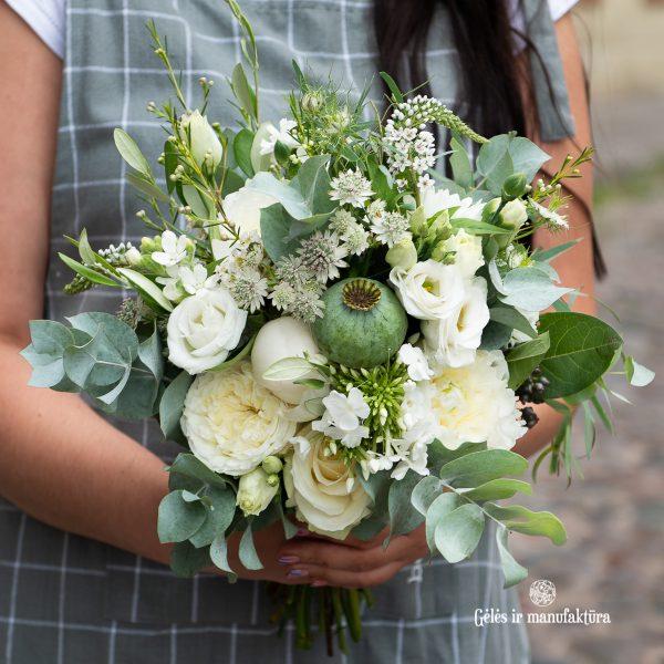 balta nuotakos puokštė bridal bouquet white gėlės ir manufaktūra