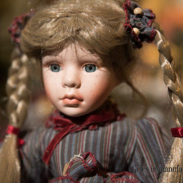 porcelain dolls porcelianinė lėlė rankų darbo gėlės ir manufaktūra handmade rf collection